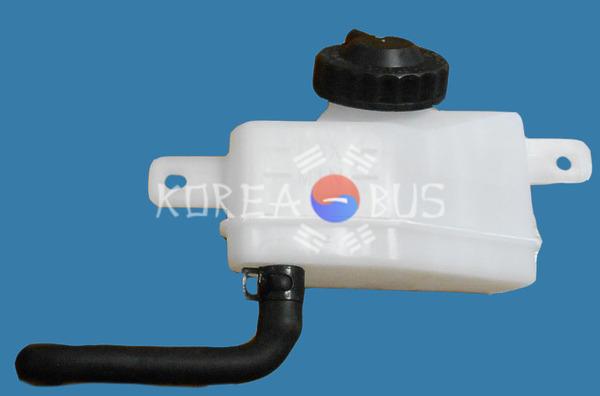 Бачок жидкости сцепления D.Ultra (под капотом), 33181-00150