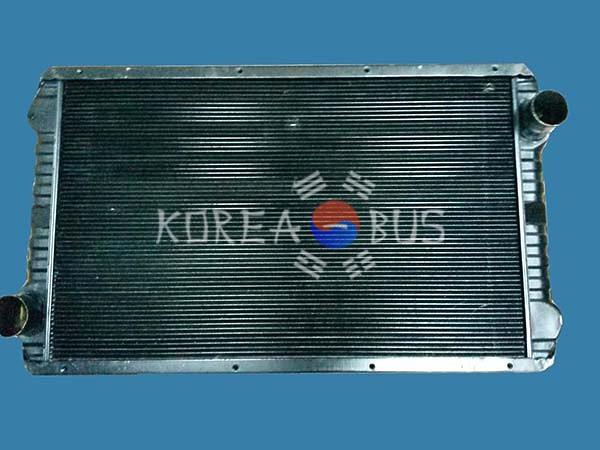 Радиатор Kia Granbird D6AC